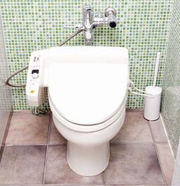 水洗トイレへ